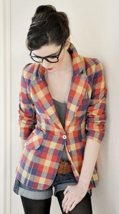 plaid blazer + denim shorts    This entire outfit is so great.
