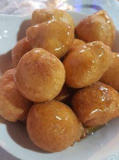 λουκουμάδες Greek Recipes, Pretzel Bites, Food And Drink, Bread, Desserts, Tailgate Desserts, Deserts, Brot, Greek Food Recipes