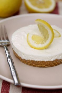Limoncello No-Bake Cheesecake: The classic Italian drink takes on a new (and extra tasty) life in this pastry. Even better, the recipe has just four steps! Click through to find more traditional and easy Italian dessert recipes.