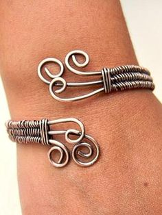 Wire Sculpted Bracelet by Samantha19