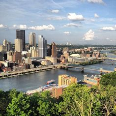 Mount Washington in Pittsburgh, PA (lookout point)