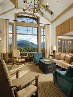 Traditional Family Room Design, Pictures, Remodel, Decor and Ideas - page 34