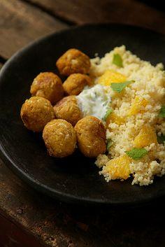 Marokkaans veggieballetjes met zoete couscous, photo-copy ann: zacht én pittig.