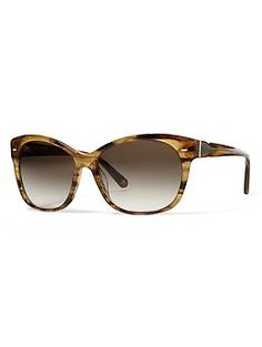 Summer looks better through Banana Republic Calyn Sunglasses