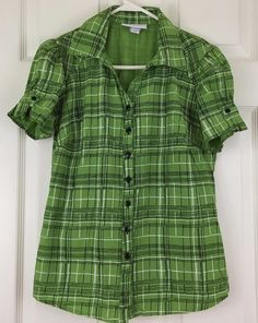 Dressbarn Casual Shirt Blouse Top Short Sleeve Button V Neck Green Size S #Dressbarn #Blouse #CareerCasual