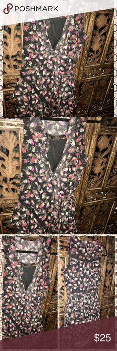 "GUESS' Rufflel & Lace Dress by Guess"" Above the knee fit, Wrap around tie at the waist. Black Lace Details/Trim, Excellent Condition, Sleeveless, Fully Lined, So Cute🤗💕🌸 Guess Los Angeles Dresses Mini"