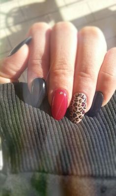 #unghie #leopardate #nere #rosso #black #red #nail #maculato