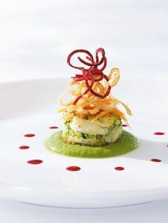 Crabcake with avocado~habanero sauce