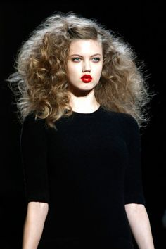 Loving the 70s vixen vibe and glossy red lips from the Marc Jacobs Fall 2013 RTW collection.
