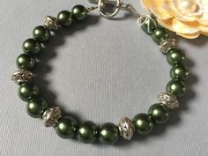 Beautiful-Handmade-Hunter-Green-Beaded-Bracelet-With-Silver-Accents-Toggle-Clasp
