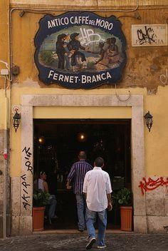 Roma, Via della Pelliccia, Caffé del Moro