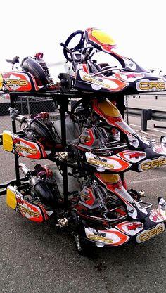 Willy Musgrave, stacking the CRG Zuera/MRC shifter karts up. Go Kart Racing, Racing Team, Custom Go Karts, Go Kart Frame, Kart Parts, Drift Trike, Sand Rail, 3rd Wheel, Karting