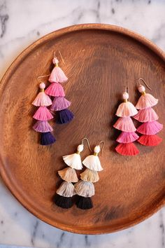 Nothing is more fun than Diying your own jewelry! And earrings are no exception! So many fun ways to dazzle those lobes up! Tassel earrings Sugarbee crafts the cutest little earrings EVER! hello natural three fun earrings from flamingo toes these gold d Diy Tassel Earrings, Tassel Jewelry, Jewelery, Diy Earrings Easy, Beaded Jewelry, Diy Jewellery, Pom Pom Earings, Diy Bracelets And Earrings, Diy Earing