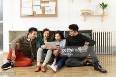 Stock Photo : Young men and women in the studio