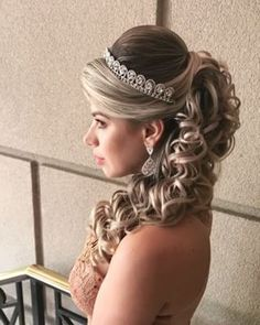 Discover penteadossonialopes's instagram video Adoooro  #PenteadosSoniaLopes ✨ . . . #sonialopes #cabelo #penteado  #noiva #noivas #casamento #hair #hairstyle 1548573464574902626_1188035779 • Inswiki