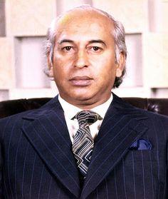 "January, The Day Of Birth Of ""Zulfiqar Ali Bhutto"" Zulfiqar Ali Bhutto was born in 5 January Bhutto was . Zulfikar Ali Bhutto, History Of Pakistan, Political Leaders, Politics, Karachi Pakistan, World Leaders, Natural Life, Rare Photos, Popular Culture"