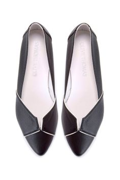 SALE 40% Discount Last Size! EU 35 US 5 // Womens Black Pointed Flats // Handmade Leather Shoes // Elegant Shoes on Etsy, $115.00