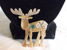 ADORABLE GREEN ENAMEL & GOLD TONE MOOSE WITH STARS, HEARTS, & FLOWERS BROOCH~