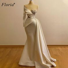 Stunning Dresses, Beautiful Gowns, Pretty Dresses, Gala Dresses, Event Dresses, Long Dresses, Best Wedding Dresses, Bridal Dresses, Gatsby Wedding