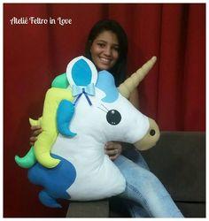 Formy do zrobienia Jednorożcowej poduszki Craft Ideas Sewing Projects For Kids, Craft Projects, Craft Ideas, Stuffed Animal Patterns, Dinosaur Stuffed Animal, Felt Crafts, Diy And Crafts, Unicorn Pillow, Unicorn Crafts