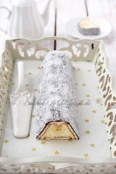 Ein einfacher Butterkeks- Kuchen ohne Backen gefüllt mit Mascarponecreme, Dulce de Leche und Bananen.