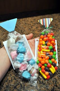 Father's Day Tie Treat ~ tie candy necklace for Dads, Granddads and Uncles!  What fun is this for the kids to make!