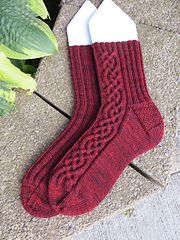 """Ravelry: Oktoberfest Socken pattern by Susan Dittrich free pattern... fingering wgt... two sizes small 8"""" and large 9"""""""