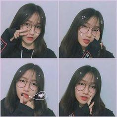 Ulzzang Korean Girl, Ulzzang Couple, Teen Photography Poses, Cute Selfie Ideas, Girl Korea, Cute Korean Boys, Uzzlang Girl, Selfie Poses, Cute Girl Photo