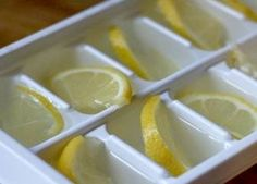 Ne olduğunu görünce artık hayatınız boyunca limonları donduracaksınız. Dondurulmuş limon neye iyi gelir, faydaları nelerdir, hazırlanışı ve kullanımı hakkında merak edilenleriyazımızda bulabilirsiniz. Dünyada ki en büyük ilaç firmalarından birinin beyanına göre 1970 li yıllarda bu yana yapılan laboratuvar testlerine göre 12 adet kanser tipine limonun faydası kanıtlanmıştır. İçlerinde kalın bağırsak, prostat, akciğer, pankreas ve meme …