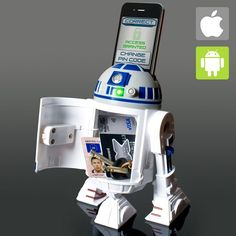 Star Wars Interactive Money Bank - Let Artoo keep your stash safe and sound, whether you're hard at work, or out for a few at Mos Eisley Cantina Star Wars Room, Star Wars Decor, Star Wars Day, Android Ou Iphone, Iphone App, Regalos Star Wars, Ipod, Star Wars Merchandise, Star War 3