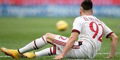 Striker Ac Milan itu masih di landa cedera, dan masih harus membutuhkan 3 minggu untuk memulihkan agan dapat bermain dengan fit.
