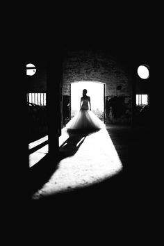 Monochrome bride - J