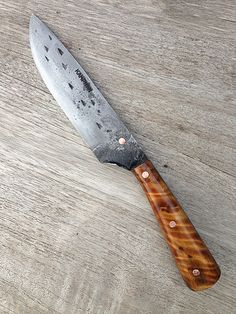 Custom Handmade and Brut de forge knives by Igor Kampman from the Netherlands. Kampman knives are rustique workers with character usable for bushcraft, hunting, survival and in the kitchen.