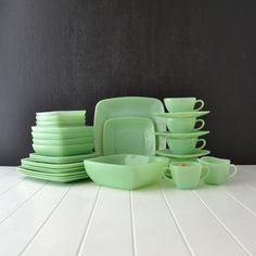 Vintage Fire King Jadeite Swirl Bowls Nesting Set 6 | Fire king Jadeite | Pinterest | Vintage fire king Ware F.C. and Bowls : jadeite dinnerware - pezcame.com