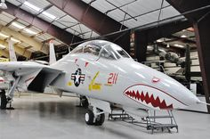 Grumman at Pima Air Museum. Photography by David E. Us Navy Aircraft, Us Military Aircraft, Military Jets, Air Fighter, Fighter Jets, Fun Fly, F14 Tomcat, Airplane Fighter, American Air