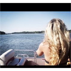 Blonde Boat 9