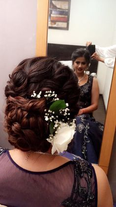 Hairbun Indian wedding hairstyles #floralbun #messybun #hairstyles #bridal