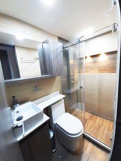 proyecto luna del bosque Toilet, Bathtub, Woods, Standing Bath, Flush Toilet, Bathtubs, Bath Tube, Toilets, Bath Tub