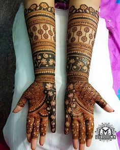 Best mehndi/henna design inspiration for your wedding functions.