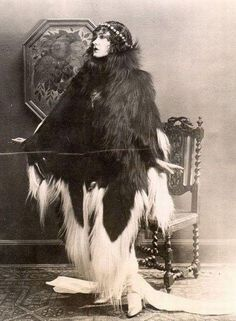 wtf-vintage-09 Lady Gaga in 1920