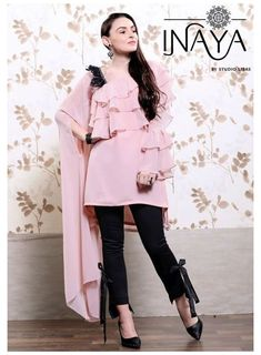 Silk Kurti Designs, Tunic Designs, Kurta Designs Women, Kurti Designs Party Wear, Sleeve Designs, Stylish Kurtis Design, Stylish Dress Designs, Designs For Dresses, Indian Fashion Dresses