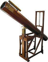 Replica in the William Herschel Museum, Bath, of a telescope similar to that with which Herschel discovered Uranus Herschel, Telescopes For Sale, Steampunk Festival, Neo Victorian, Carl Sagan, Space Telescope, Astrophysics, Drafting Desk, Hannover