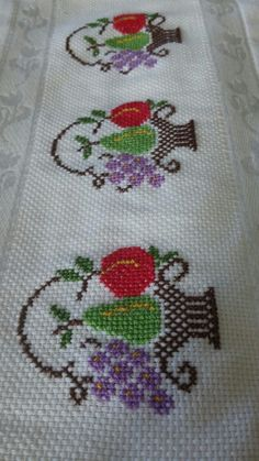 The most beautiful cross-stitch pattern - Knitting, Crochet Love Cross Stitch Borders, Cross Stitch Flowers, Cross Stitch Designs, Cross Stitching, Cross Stitch Embroidery, Hand Embroidery, Cross Stitch Patterns, Embroidery Designs, Diy Broderie