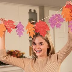 Garland-of-gratitude-thanksgiving-[Using the things the kids/ teachers- are grateful for.]
