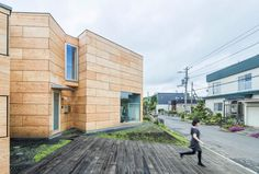 Jun Igarashi uses plywood boxes to separate studio from home for Japanese painter | Dezeen