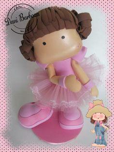 Toda em EVA, essa boneca é um encanto! Ideal também para decoração no tema balé e topo de bolo. R$ 40,00