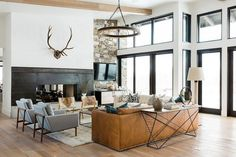 A living room acts as an important spot for interacting and relaxing. Therefore, a distinctive décor to get a living room is crucial. Farmhouse is regarded as among the greatest themes to get a living room since it features a… Continue Reading → Living Room Remodel, Home Living Room, Living Room Designs, Living Room Furniture, Living Area, First Apartment, Apartment Living, Apartment Ideas, Modern Farmhouse Living Room Decor