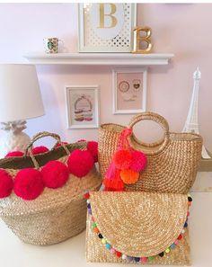 Jute Crafts, Pom Pom Crafts, Straw Tote, Boho Bags, Colorful Pillows, Basket Bag, Summer Bags, Handmade Bags, Diy Fashion