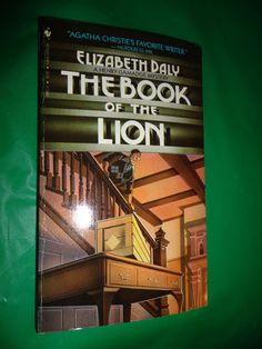 The Book Of The Lion 1985 book find me at www.dandeepop.com