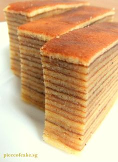 Indonesian Thousand Layer Cake (Kueh Lapis Legit). Thin layers of cake with nutmeg/cinnamon paste. Layer Cake Recipes, Dessert Recipes, Layer Cakes, Pound Cakes, Thousand Layer Cake, Lapis Legit, Resep Cake, Asian Cake, Steamed Cake